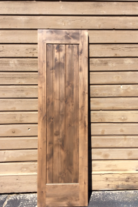 005 1-Panel Square Knotty Alder Door